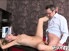 Секс сиськи удар