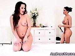 Секс Бесплатно - Babe Eats Masseuses Pussy, Бесплатное Секс Видео Онлайн Каждый День.